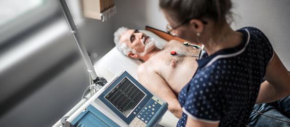 EKG (elektrokardiografie)